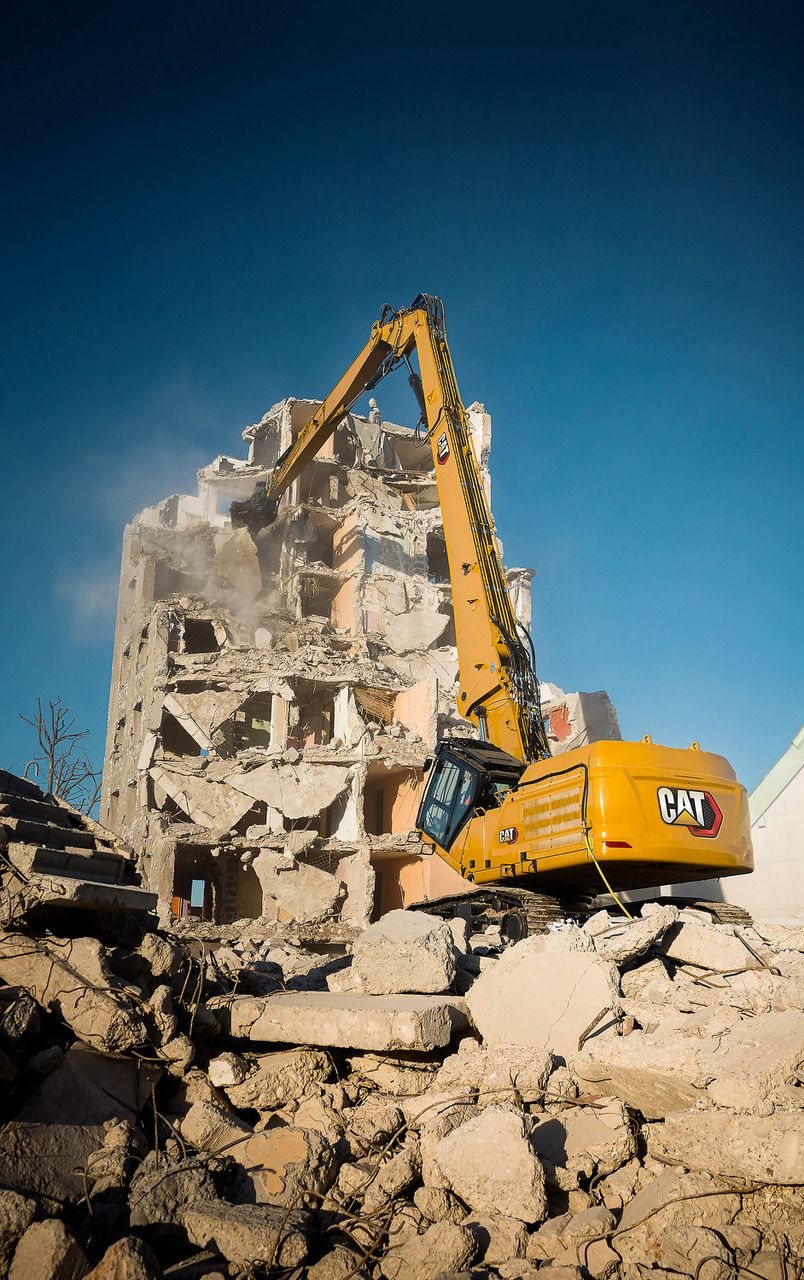 Demolition Hub invited to Caterpillar's European launch of of the Next Generation Demolition excavators